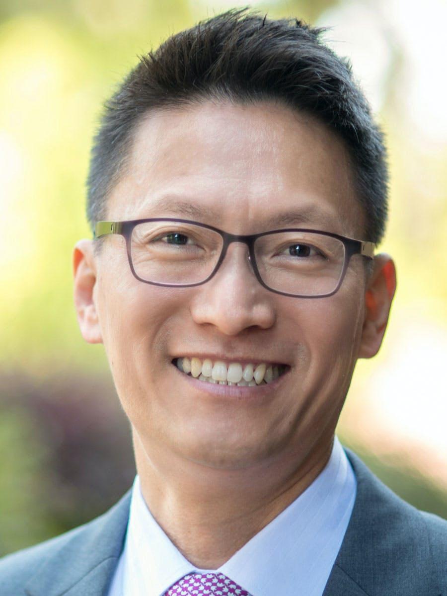 Jin-Ki Kim headshot