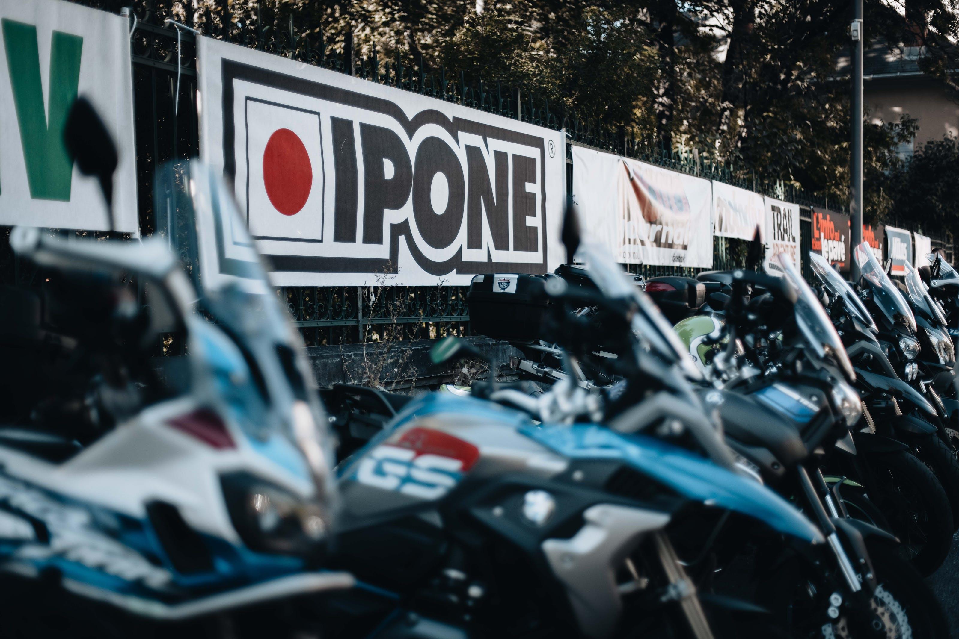 Stand Ipone Alpes Aventure Motofestival