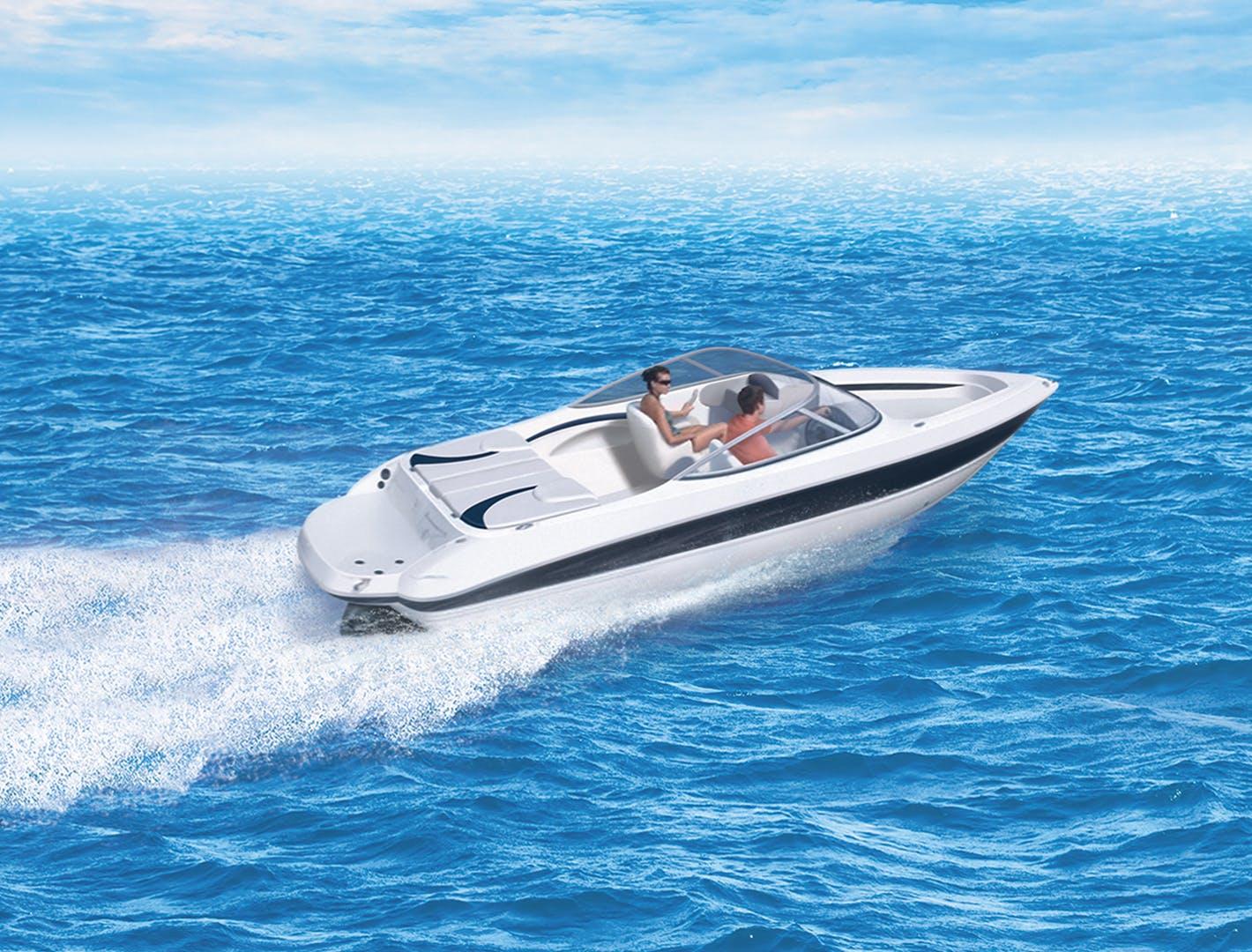 Bateau moteur inboard 2 temps sur l'eau