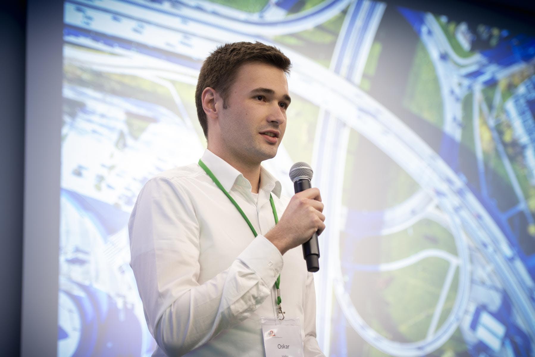 Oskar Haller - CEO
