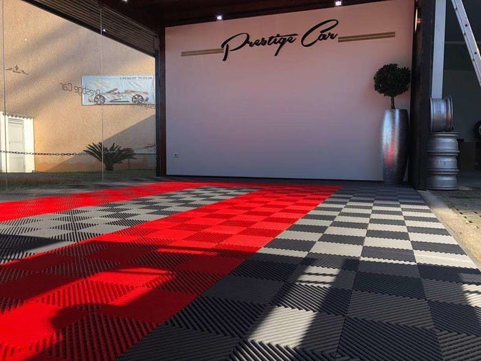 Izifloor garage floor tiles