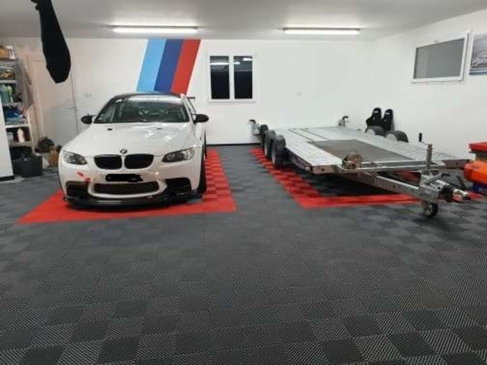 Izifloor garage flooring