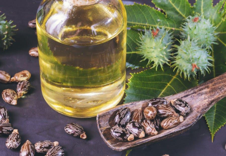 castor oil for afro hair