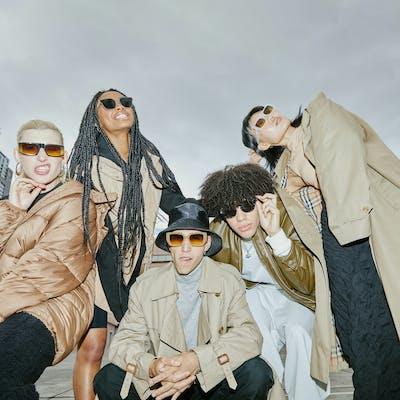 Group wearing Szade