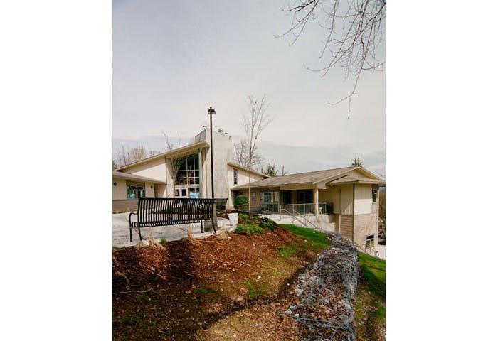 Cottonwood Lodge Care Facility Photo 7