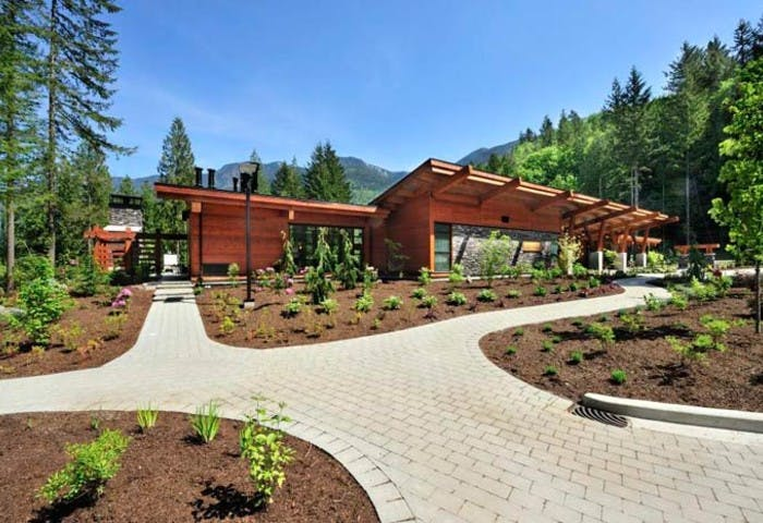 Cottages at Cultus Lake Photo 3