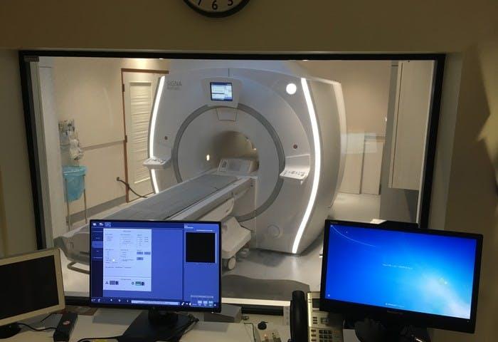 Jim Pattison Outpatient Care and Surgery Centre - MRI Photo 0