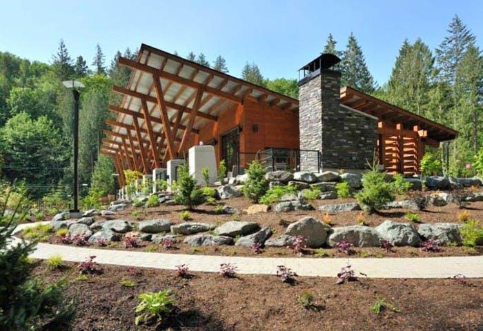 Cottages at Cultus Lake Photo 2