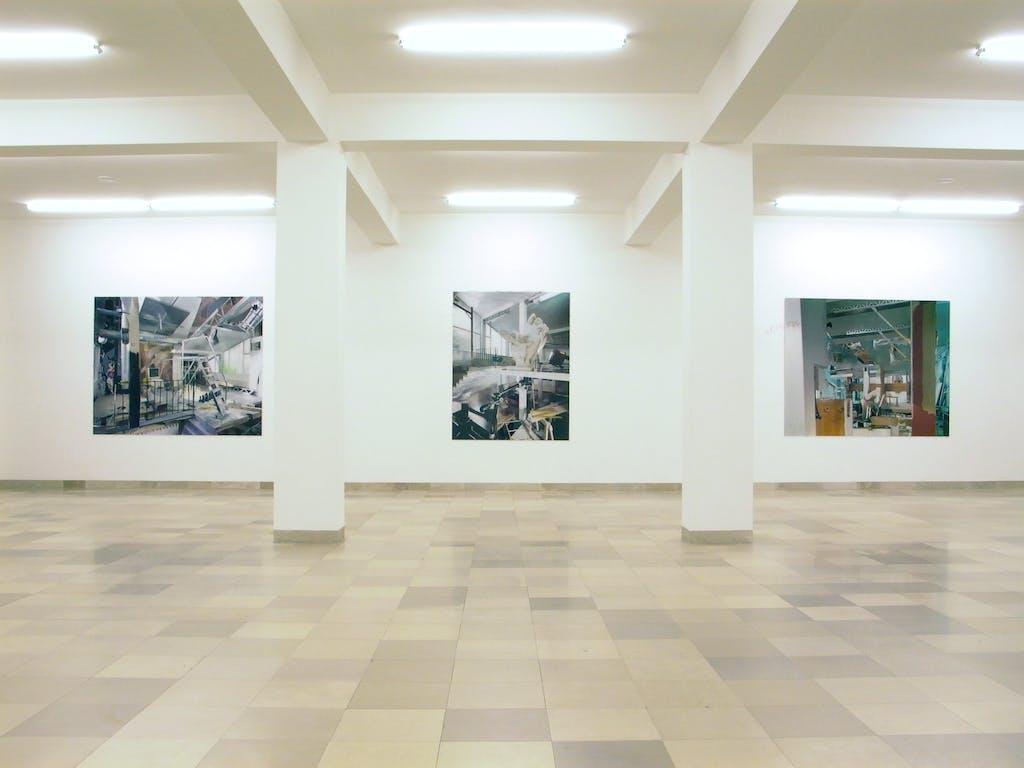 Lois Renner, Bilder