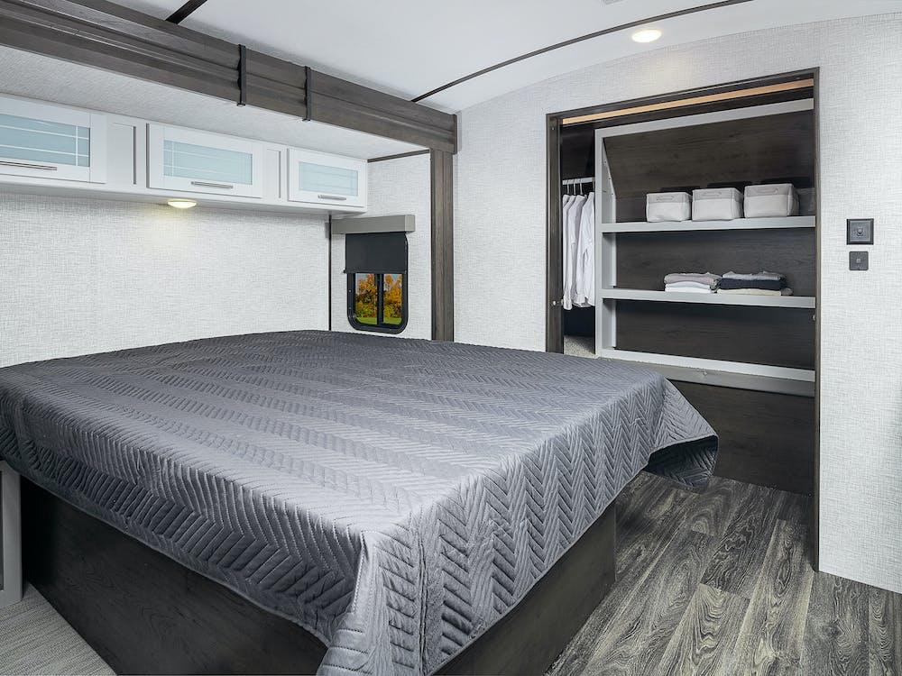 Premier 34RIPR bed