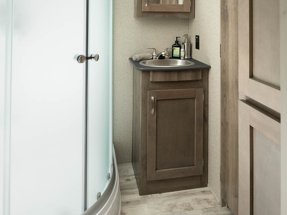 31FWMB bathroom