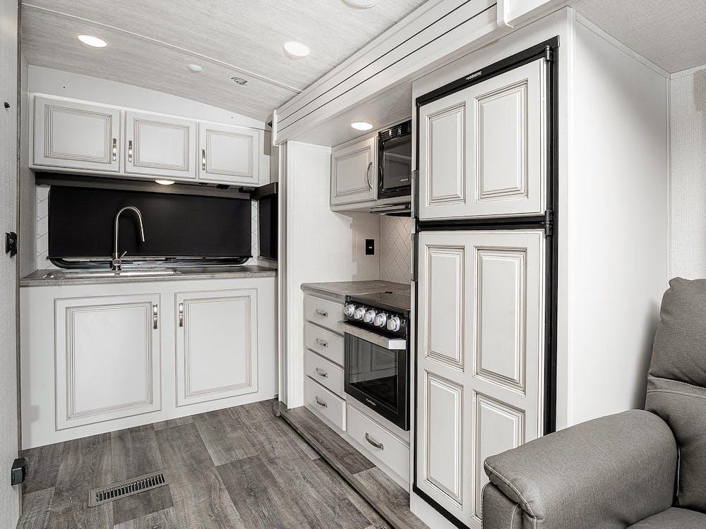 22MLS Kitchen
