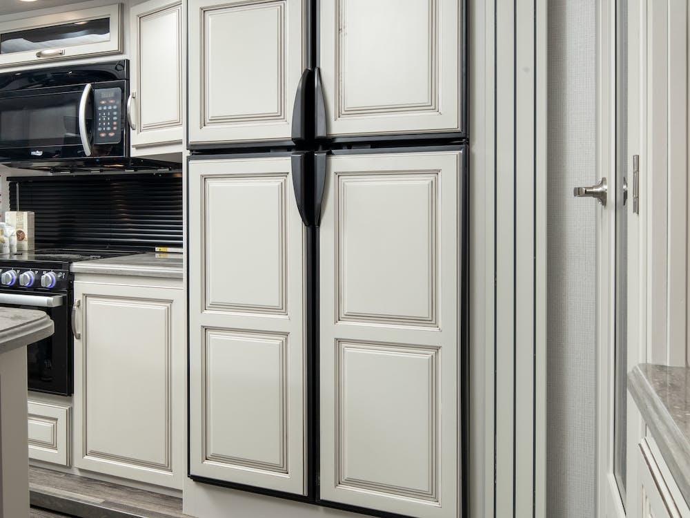 316RLS refrigerator w/ panels