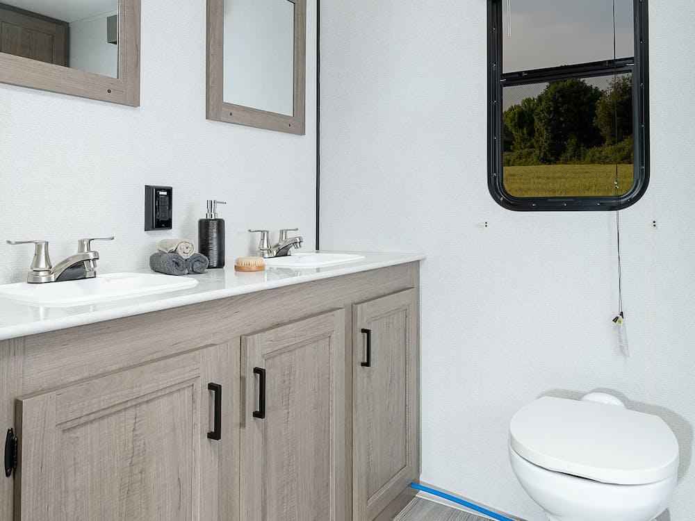 243RB bathroom