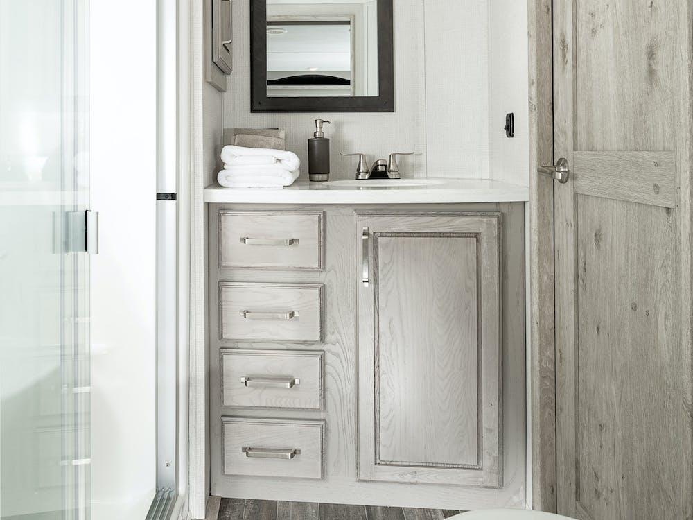 Alpine 3650 bathroom