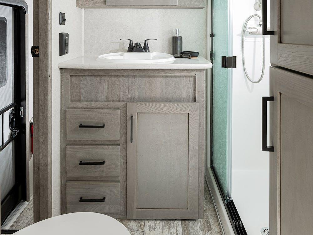 417 bathroom