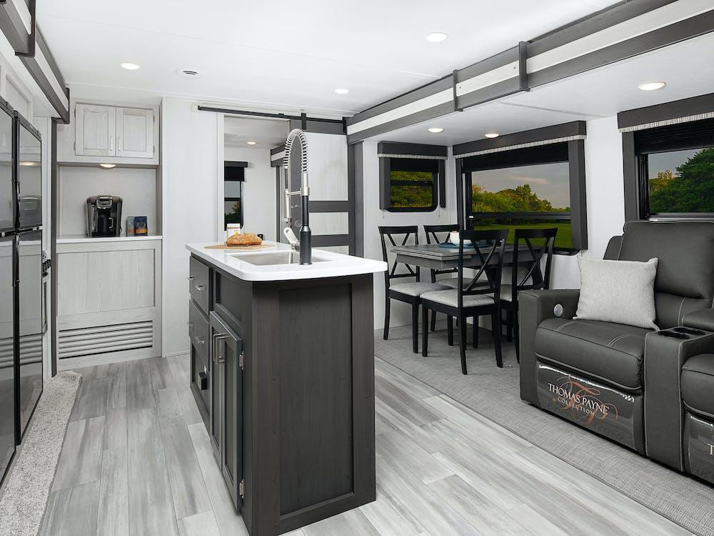 341BIK kitchen
