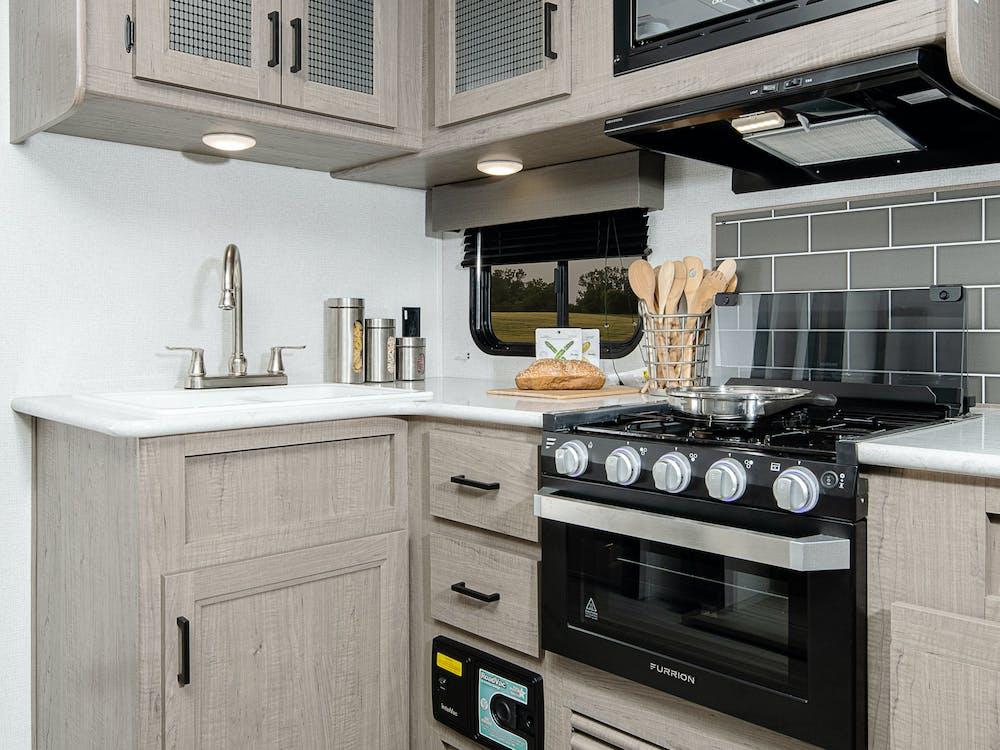 243RB kitchen