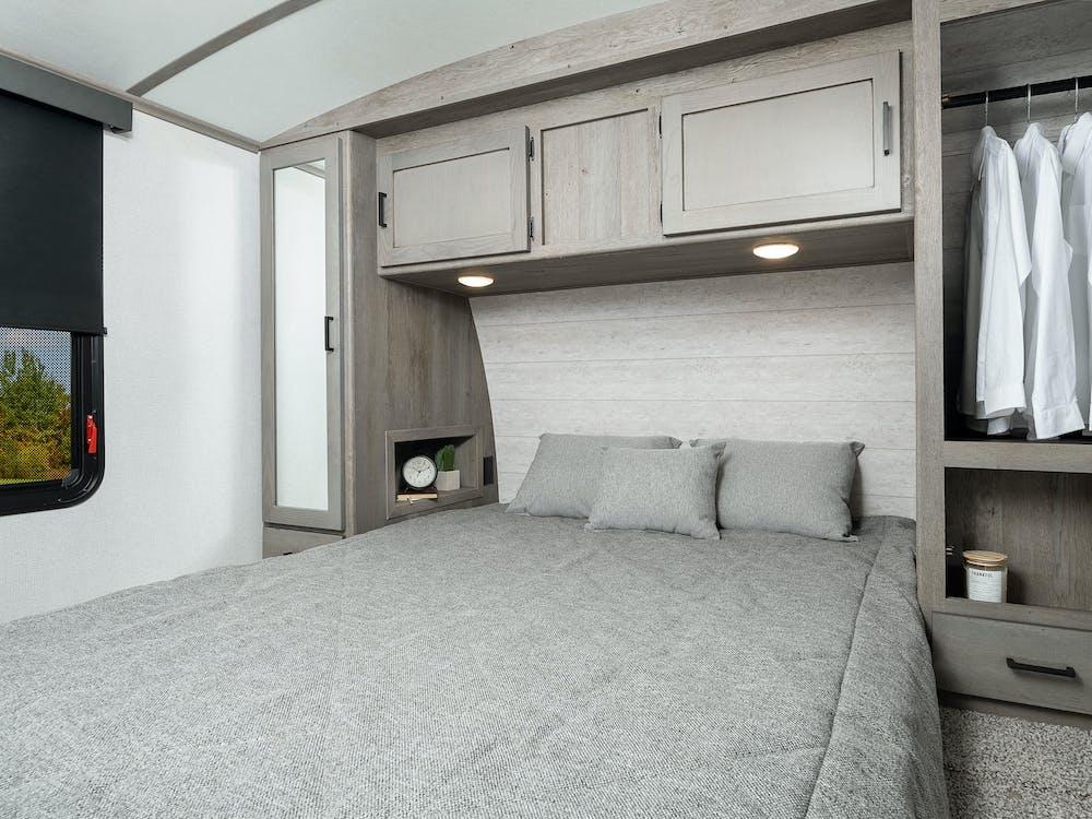 340BH bedroom