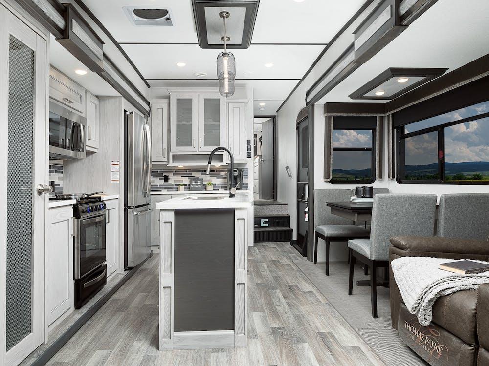 331RL kitchen