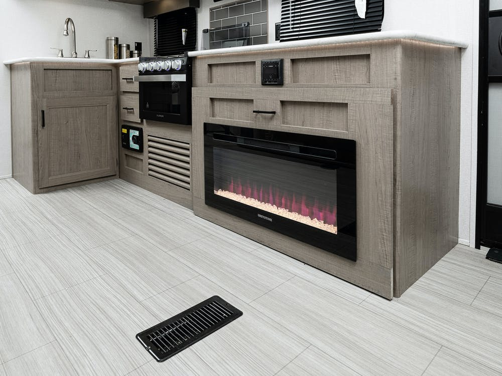 243RB fireplace