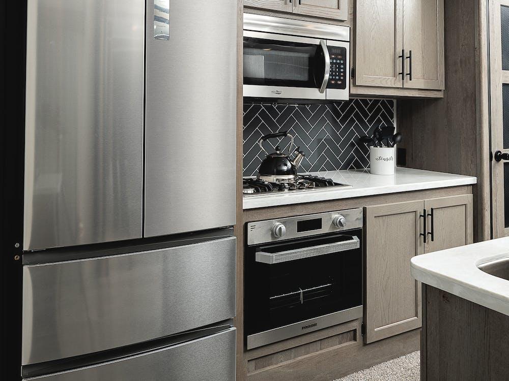 40MKTS kitchen