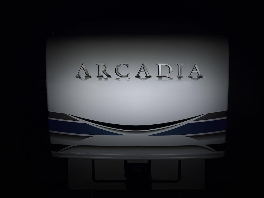 Keystone Arcadia 3660 front cap