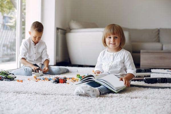 когда ребенка учить читать