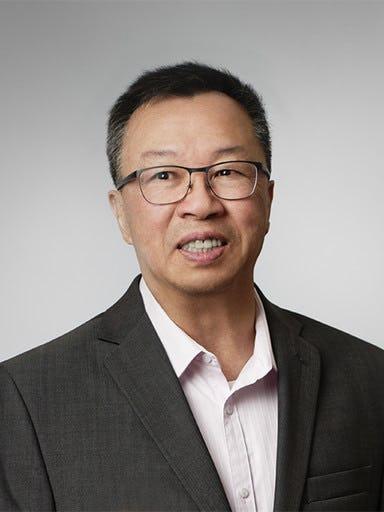 Headshot of Simon Lau