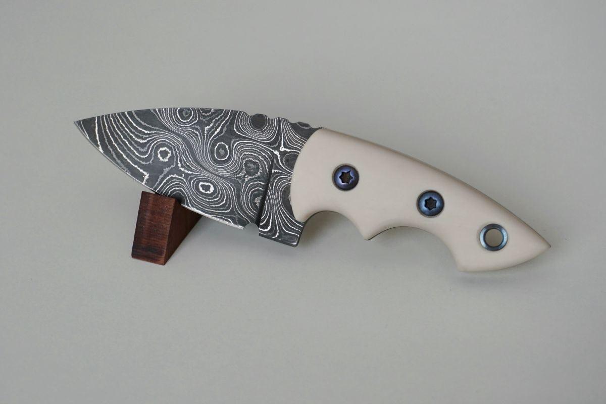 ACTIVE NATURE – Neck Knife Ekto Damast
