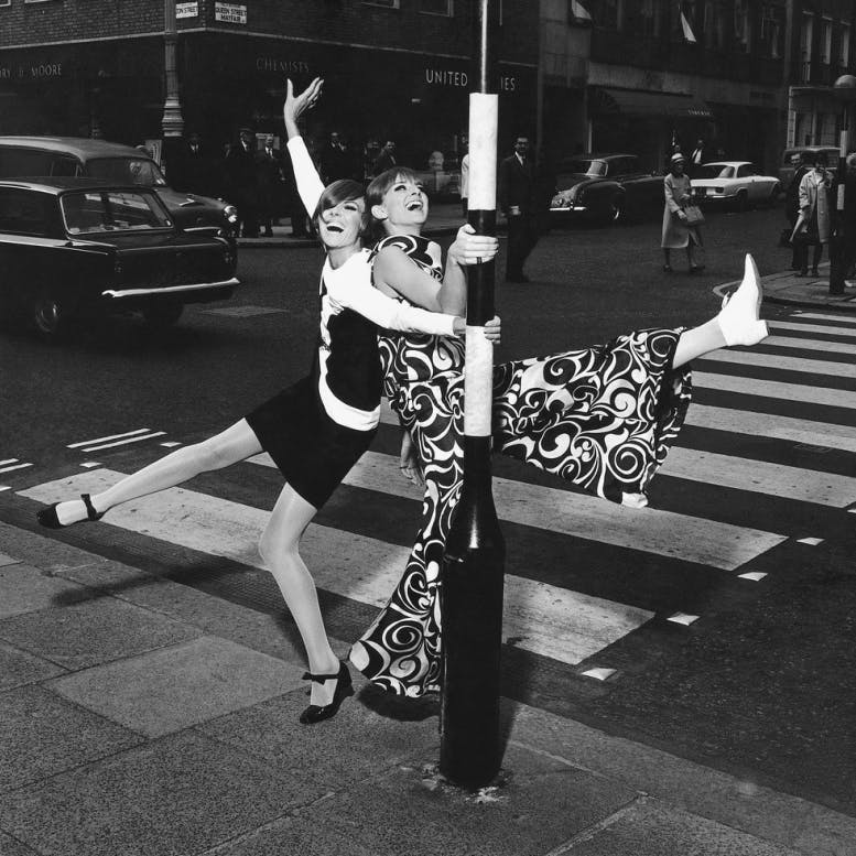 Vogue, November 1965, by photographer Ronald Traeger, Condé Nast Publications Ltd.