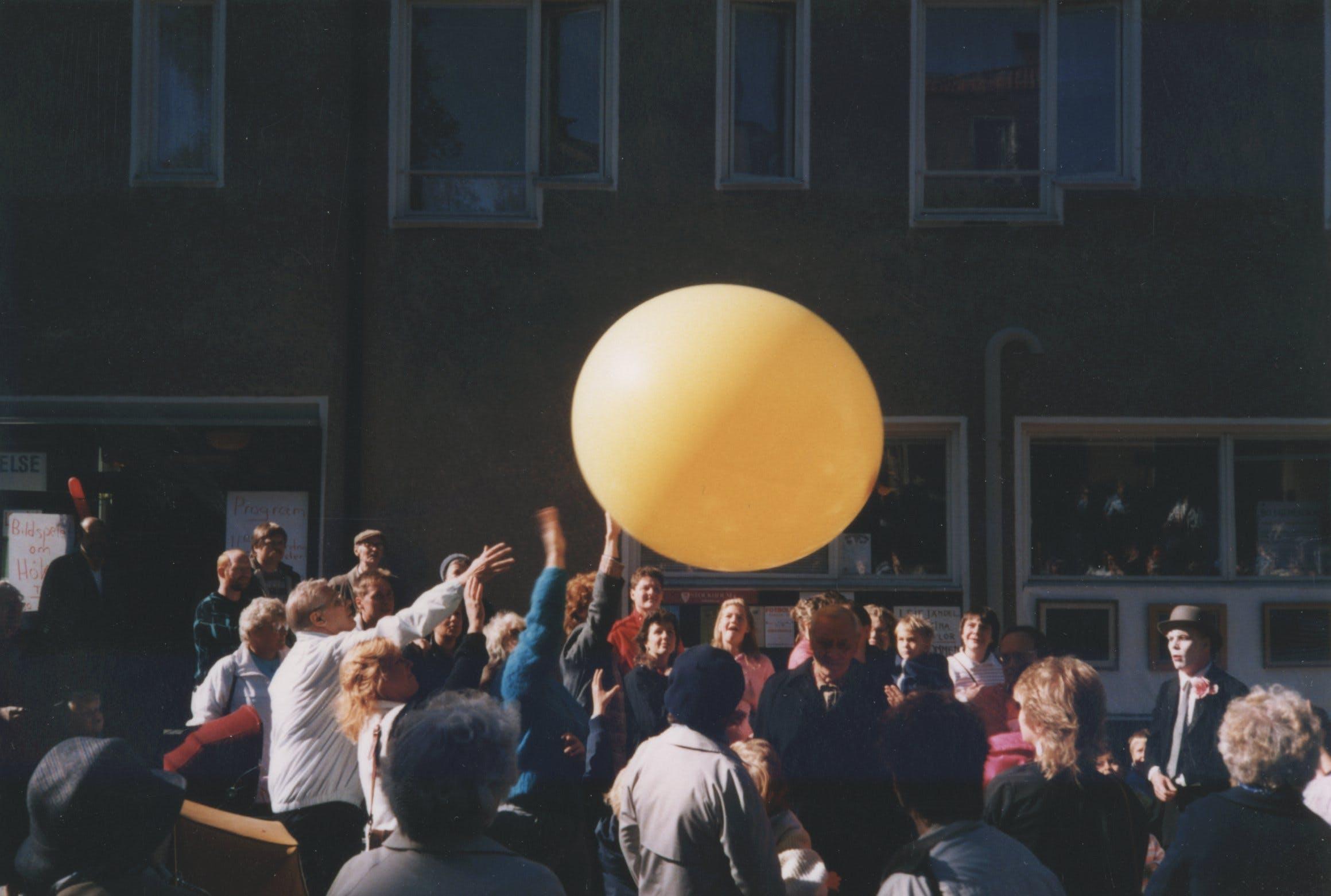 Hökarängens dag (city festival) 1986. Photographer unknown.