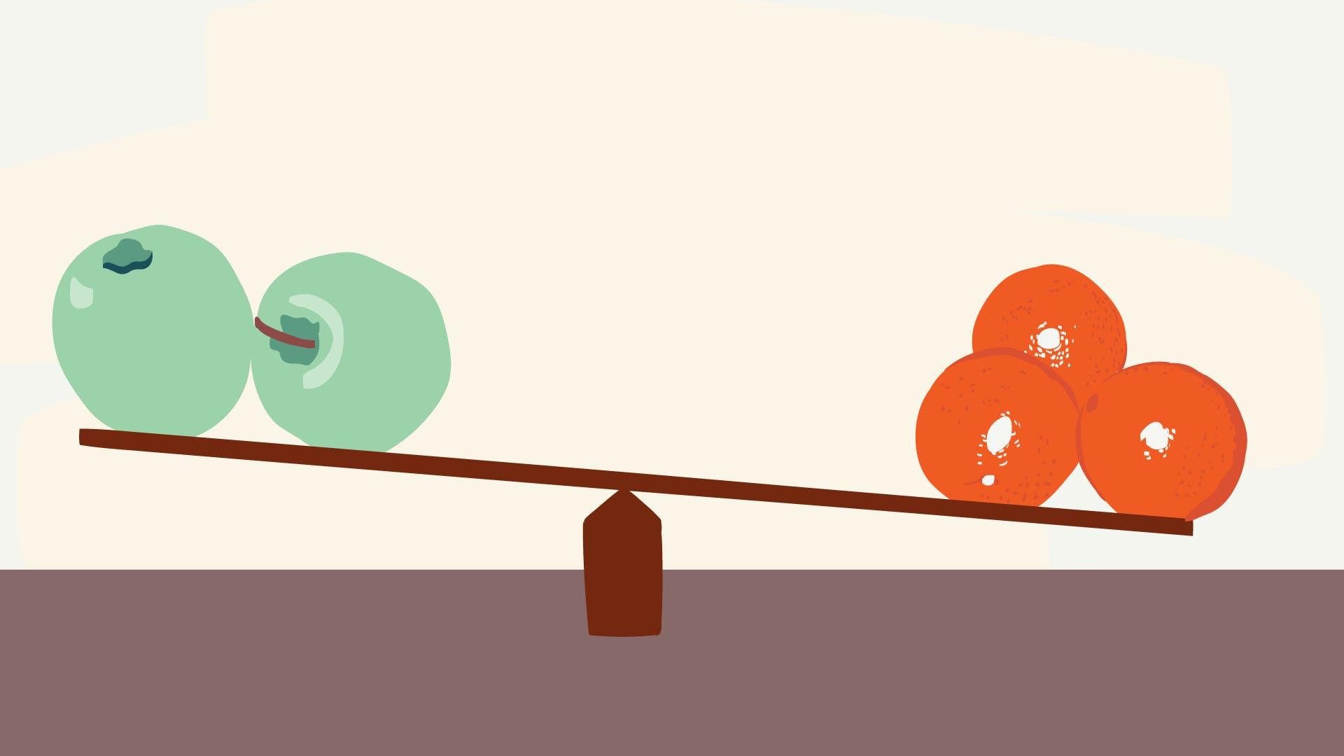 Waage mit Äpfeln und Birnen, die vermitteln soll, dass beim Kreditvergleich auf die unterschiedlichen Bearbeitungsgebühren berücksichtigt werden.