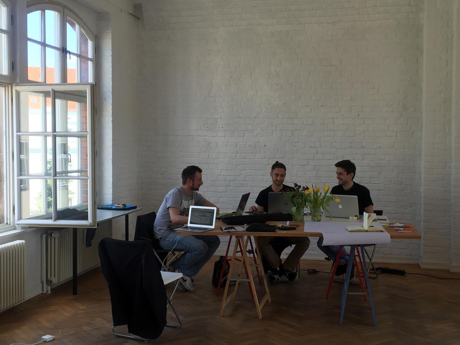 Agora Team beim Arbeiten