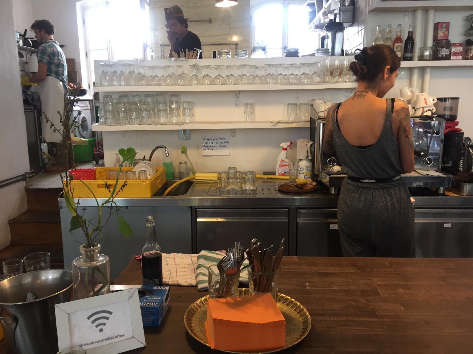 Agora Cafe und Küche