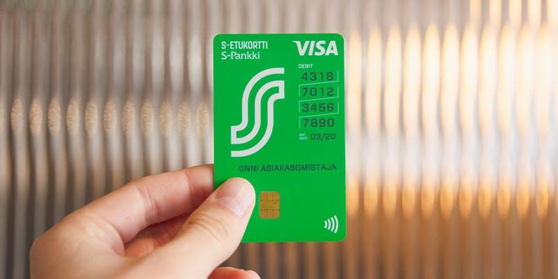 S-Etukortti Visa on Suomen ensimmäinen pystymallinen luottokortti