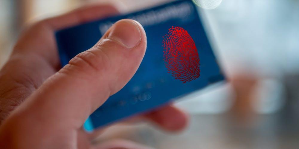 Verkkokaupoissa maksaminen uudistuu – Pelkkä luottokortti ei kohta enää riitä