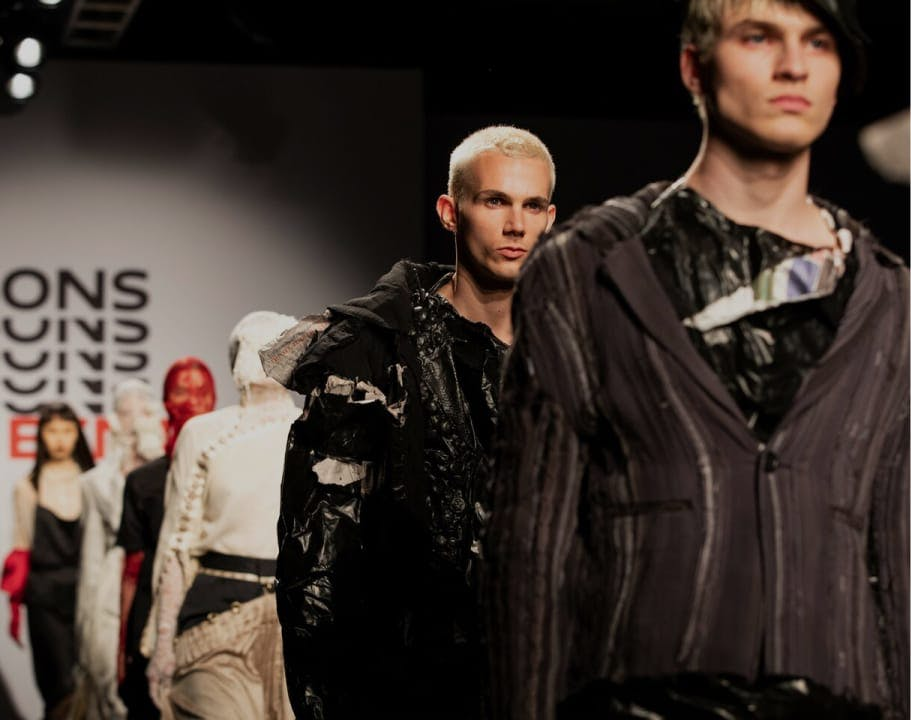 Inside Fashion Design: Becoming a Designer for the 21st Century