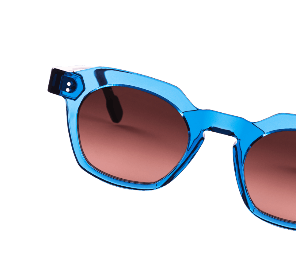 lunettes de soleil anne et valentin acétate bleu translucide ludique verres dégradés bruns rose