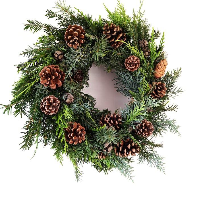 Couronne de Noël «La pomme de pin»