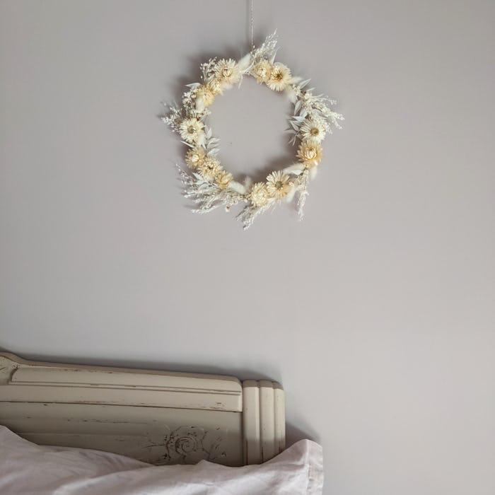 """Couronne de fleurs séchées """"Angélique"""""""