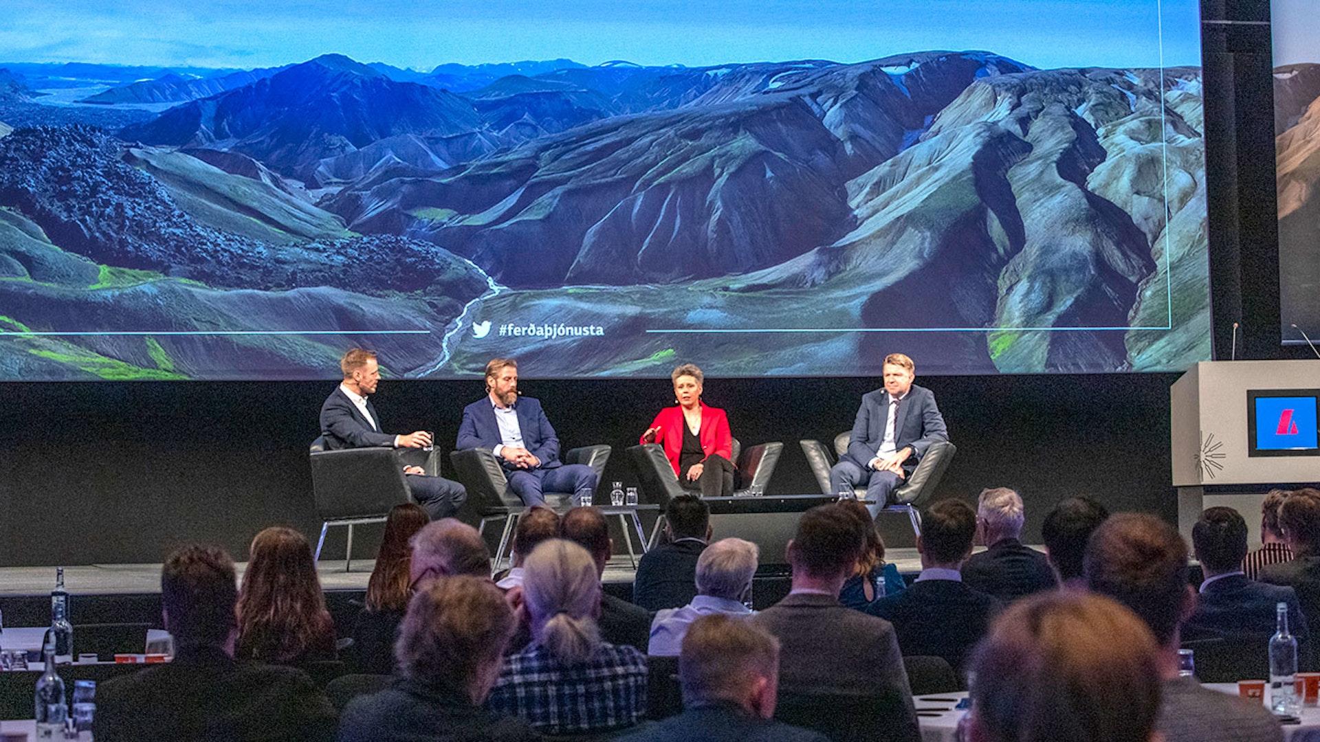 Umræður á ferðaþjónusturáðstefnu Landsbankans 2019