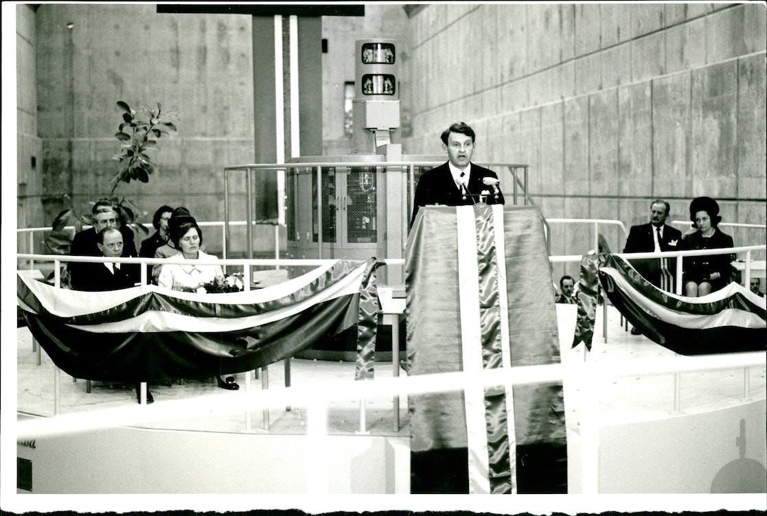 Jóhannes Nordal, fyrsti stjórnarformaður Landsvirkjunar, flutti ávarp við vígslu Búrfellsstöðvar 2. maí 1970.