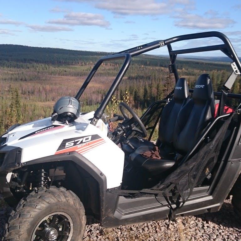 Actividades con quads en Laponia