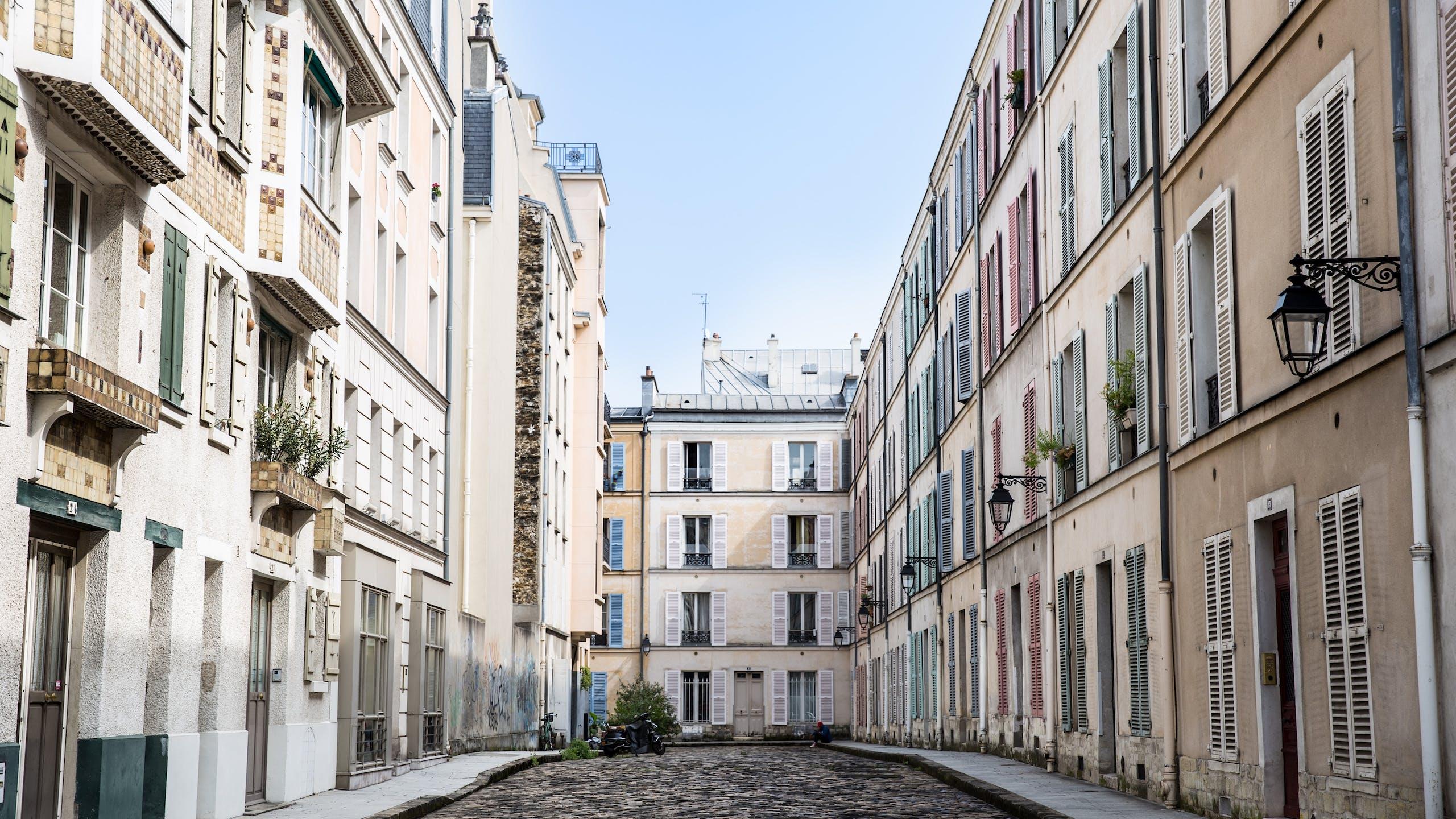 immeubles parisiens dans une impasse
