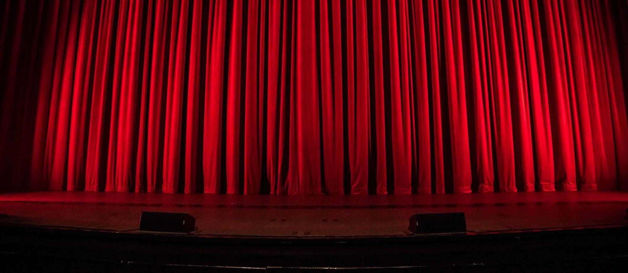 Les bonnes histoires – Épisode 6, Coup de théâtre