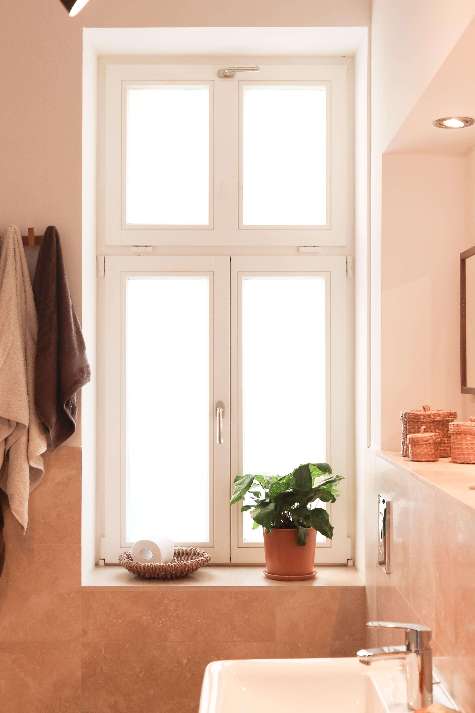intérieur d'une salle de bain