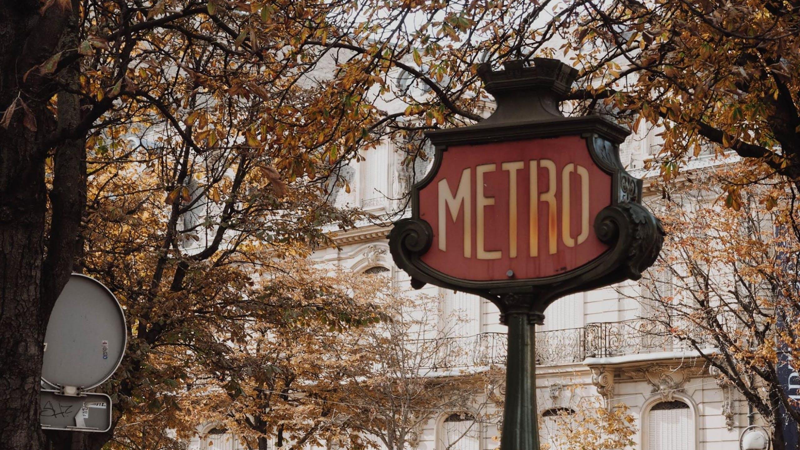 panneau metro parisien