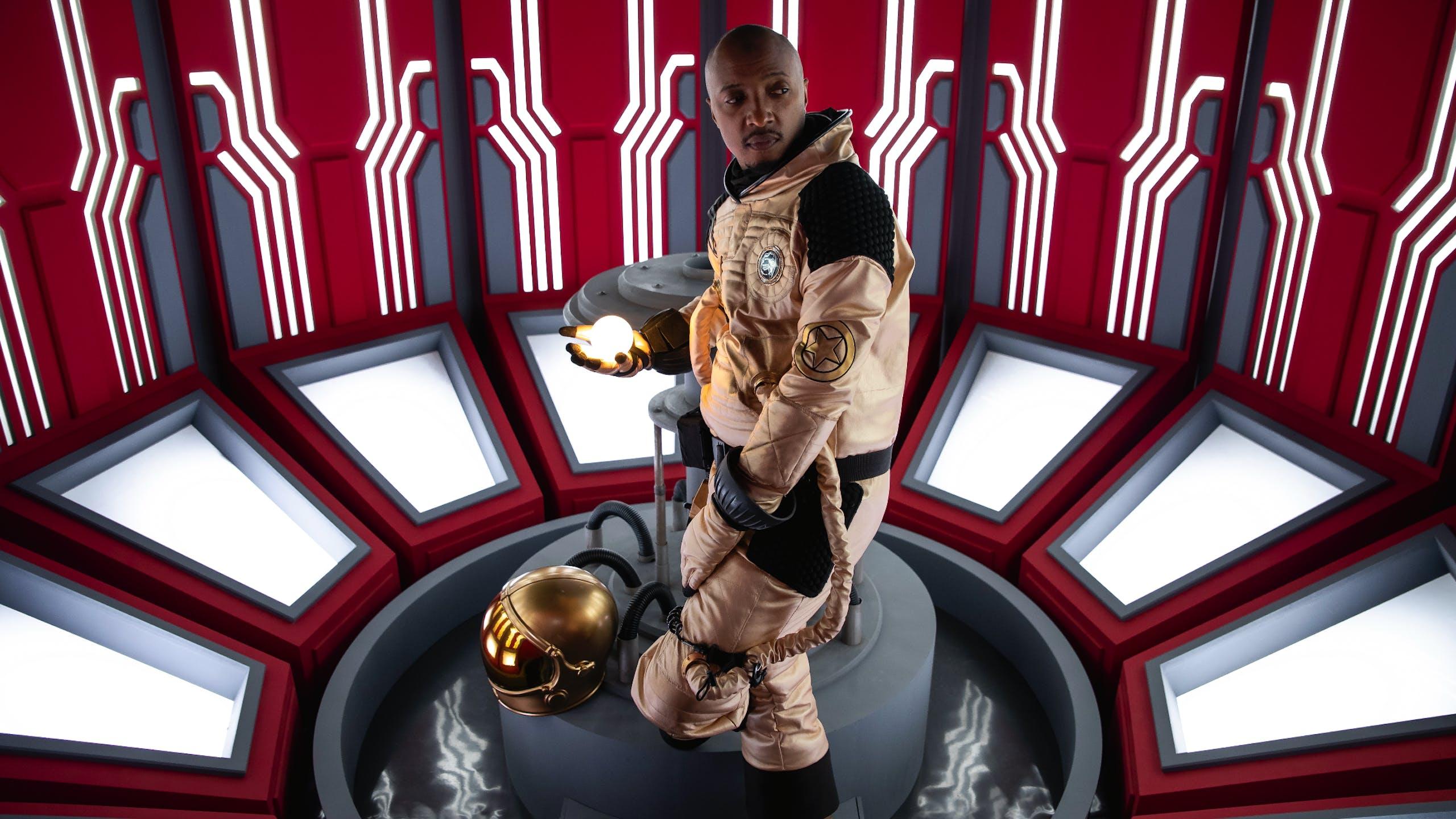 Soprano tenue cosmonaute