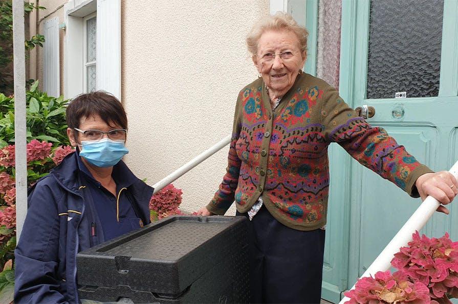 Pour Jocelyne, factrice depuis 35 ans, le service de portage représente un lien social très important